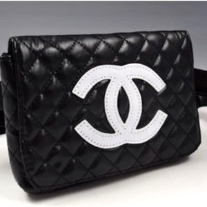 Chanel VIP cosmetic bag/ fanny pack
